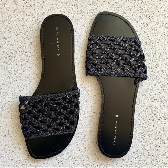 🖤NWOT🖤 Zara Braided Woven Flat Slide Sandals